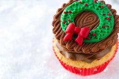Primer de la magdalena decorativa de la Navidad Imagen de archivo libre de regalías