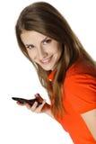 Primer de la mujer feliz joven con el teléfono móvil Fotografía de archivo