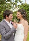 Primer de la novia y del novio imagenes de archivo