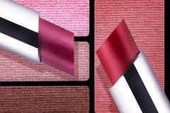 Primer de la paleta de colores de los accesorios del maquillaje Fotografía de archivo
