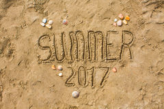 Primer de la playa de Sandy, fondo de la arena de la costa Verano 2017 del texto Imágenes de archivo libres de regalías