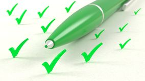 Primer de la pluma verde en el medio del ejemplo vertical del tickmark 3D imagen de archivo libre de regalías
