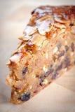 Primer de la rebanada de torta de chocolate sabrosa Foto de archivo libre de regalías