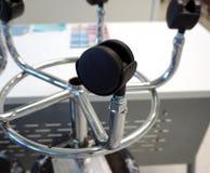 Primer de la silla de eslabón giratorio de la rueda fotos de archivo