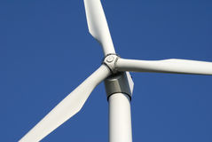 Primer de la turbina de viento Fotos de archivo libres de regalías