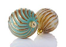 Primer de las bolas de oro de la Navidad del vintage de lujo hermoso Imagen de archivo libre de regalías