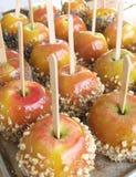 Primer de las manzanas de caramelo fotografía de archivo libre de regalías