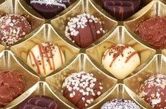 Primer de las trufas de chocolate Fotos de archivo