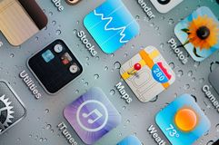 Primer de los iconos de la aplicación del iPhone Fotos de archivo libres de regalías