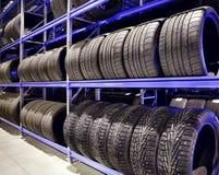 Primer de los neumáticos de coche Imágenes de archivo libres de regalías