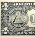 Primer de un billete de dólar con todo el ojo que ve Fotos de archivo libres de regalías