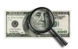 Primer de un billete de banco $100 - a través de la lupa Ilustración del Vector