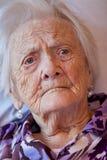Primer de una mujer mayor Foto de archivo libre de regalías