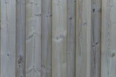 Primer de una pared de madera resistida Fotos de archivo libres de regalías