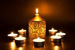Primer de velas ardientes Foto de archivo