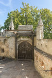 """Primer del †del castillo de Lichtenstein """"de la puerta y del puente levadizo de la entrada Foto de archivo"""