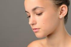 Primer del adolescente de la belleza de la piel de la cara Fotos de archivo
