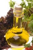 Primer del alimento con aceite y vehículos de oliva Fotografía de archivo