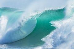 Primer del azul de la ola oceánica Foto de archivo libre de regalías