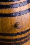 Primer del barril de madera viejo Fotos de archivo