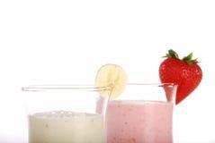 Primer del batido de leche de la fresa y del plátano Foto de archivo libre de regalías