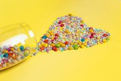 Primer del corazón hecho de dulces coloridos Fotografía de archivo libre de regalías
