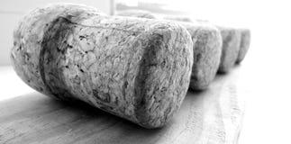 Primer del corcho de Champán en superficie de madera Foto de archivo libre de regalías