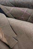 Primer del detalle de las chaquetas de tweed Fotografía de archivo