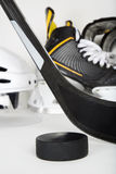 Primer del engranaje del hockey Fotos de archivo libres de regalías