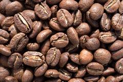 Primer del fondo asado de los granos de café Fotografía de archivo libre de regalías