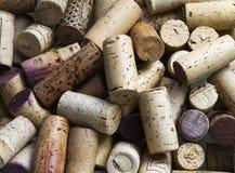 El vino tapa el fondo con corcho Fotos de archivo libres de regalías