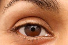 Primer del ojo de una mujer india Imagen de archivo libre de regalías