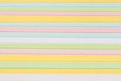 Primer del papel multicolor de la tarjeta Imágenes de archivo libres de regalías