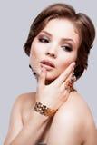 Primer del retrato de la mujer joven de la belleza Girl Face modelo hermoso Imagenes de archivo