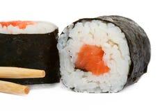 Primer del sushi y de palillos Foto de archivo libre de regalías