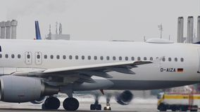 Primer del vídeo de Lufthansa Airbus A320-200 D-AIZA metrajes