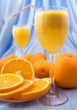 Primer del zumo de naranja fresco Foto de archivo libre de regalías