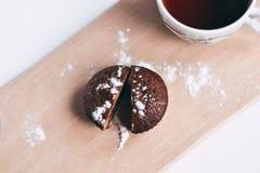 Primer delicioso hecho en casa de los molletes del chocolate, horizontal Fotografía de archivo