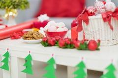 Primer en el vector con las decoraciones de la Navidad Foto de archivo