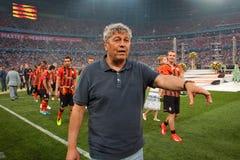 Primer entrenador del FC Shakhtar Donetsk Mircea Lucescu Fotos de archivo