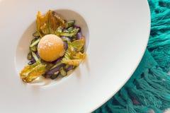 Primer frito de la yema de huevo foto de archivo libre de regalías