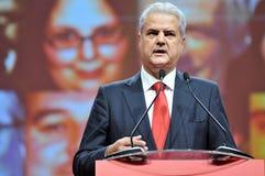 Primer ministro anterior del lenguaje corporal de Rumania Adrian Nastase durante discurso Foto de archivo libre de regalías