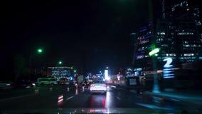 Primer Person Car Driver View en las calles de la ciudad de la noche Moscú, Rusia timelapse 4K almacen de metraje de vídeo