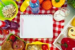 Primer preparado por los almuerzos escolares Foto de archivo libre de regalías
