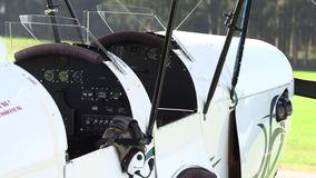 Primer privado de los aeroplanos del vintage almacen de video