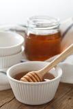 Primer sano dulce delicioso de la vida del cazo de la miel aún Imágenes de archivo libres de regalías