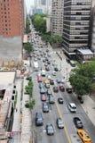 Primer tráfico de la avenida Fotografía de archivo