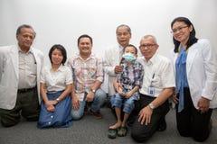 Primer trasplante de riñón del éxito para el niño en Indonesia, Jak Imagen de archivo libre de regalías