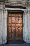 Primer viejo tallado de la puerta, Foto de archivo libre de regalías