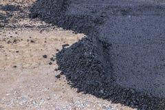 Primera capa de asfalto Fotos de archivo libres de regalías